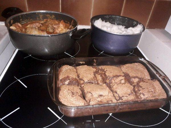 Poulet basquaise et gâteau au chocolat miam
