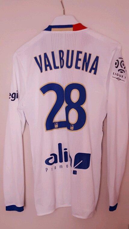 Maillot prépare porte par VALBUENA contre le PSG