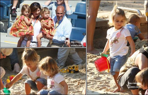 En ce 23 Juillet 2012 Charlène Riva et Myla Rose Federer fête leur 3 ans