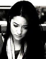 """""""Chaque personne qu'on s'autorise à aimer, est quelqu'un qu'on prend le risque de perdre."""""""
