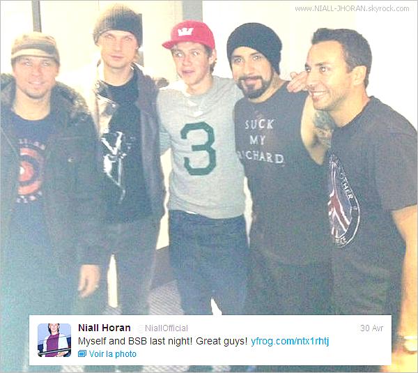 Quelques photos de Niall avec des fans + photo de l'after concert des JLS! + Niall a ajouté une photo sur twitter en compagnie des Backstreet Boys avec ce commentaire : ''Moi-même et BSB (Backstreet Boys) la nuit dernière! super gars!'' + Couverture du magazine We Love Pop avec en première les garçon. + Vidéo : Voici le prochain épisode de la saison 3 de Glee et en fond sonore nous pouvons entendre la reprise de What Makes You Beautiful par Glee. - Qu'en pensez-vous ? :-)