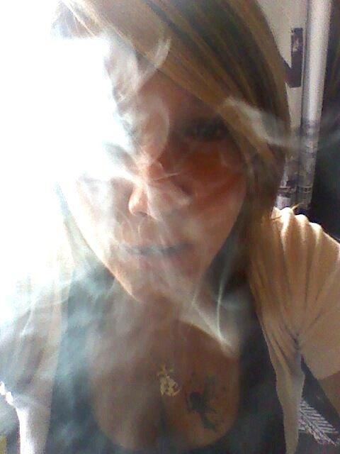 ● Anaïs † ● Babou † (l) Fume avant que la vie te fume (l)