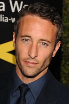 Happy Birthday Alex O'loughlin <3  ( HAUOLO LA HANAU )