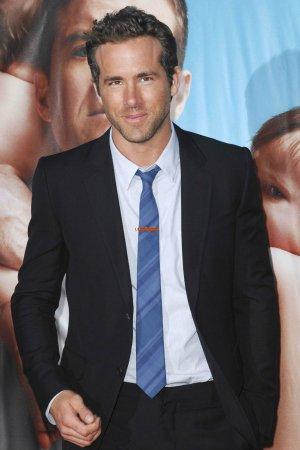 Happy Birthday Ryan Reynolds  <3