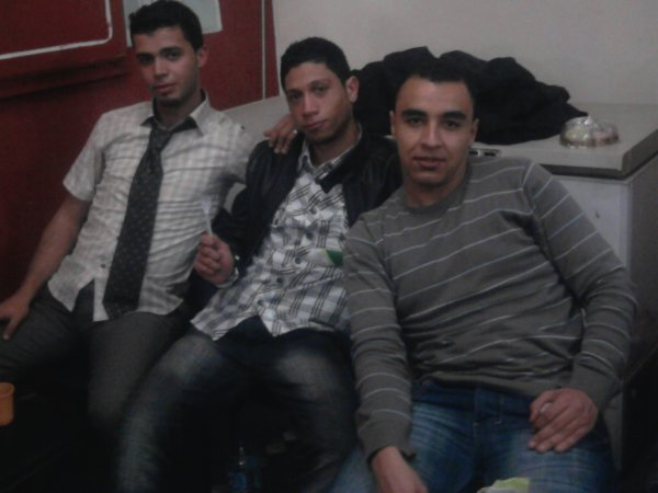 hadou houma sal3at el jami3a....w ymoutou 3la bellabasse