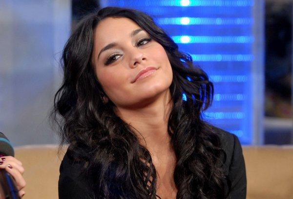 Vanessa à différente coupe de cheveux. Laquelle préférez-vous ?