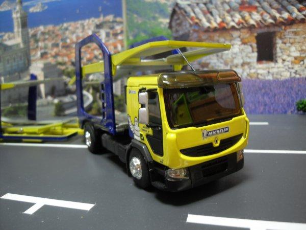 Renault premium 410 dxi distribution porte voitures for Porte 12 michelin