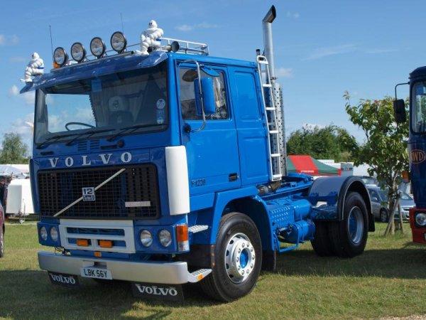 VOLVO F1020 ET F 1220 ILS RESTENT INDEMODABLES