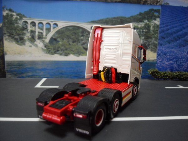 VOLVO FH4 16 750 GLOBE XL OLD SKOOL TEKNO 1/50