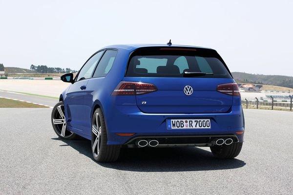 Volkswagen Golf VII R, le monstre est arrivé.