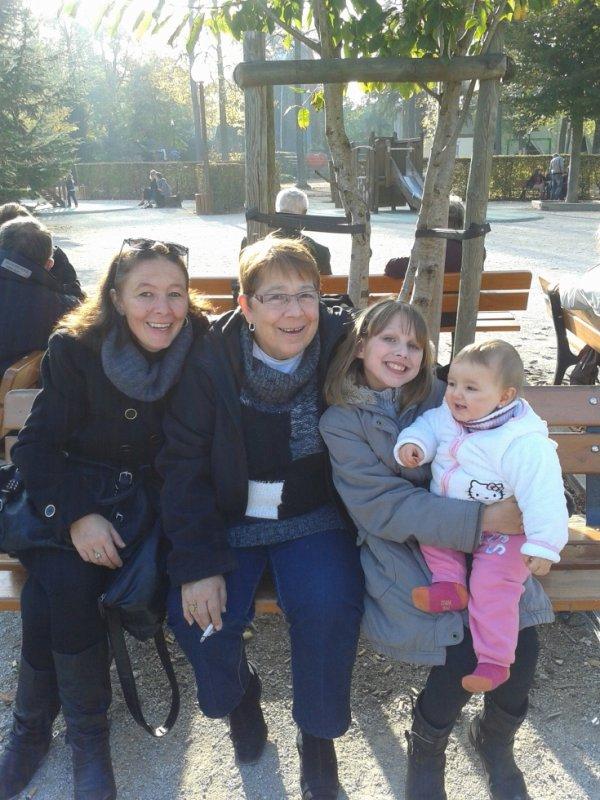 Ma mere , ma mamie ma fille & ma soeur