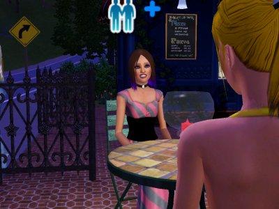 Prue et Britney qui dîne au resto