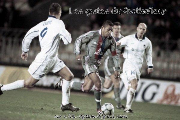 #48.  OL-system  -  Les gestes du footballeur
