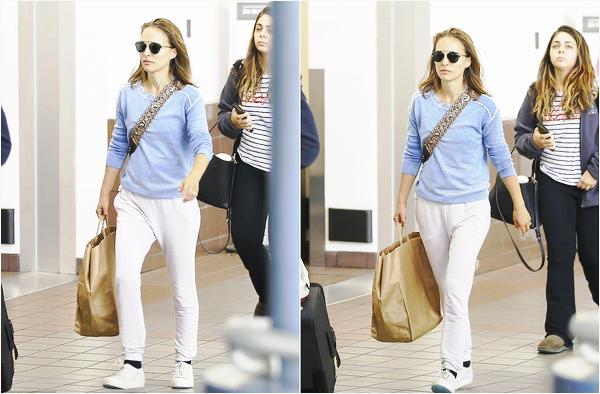 18.06.2018 : Natalie Portman visiblement l'air fatiguée par le voyage est de retour dans la ville de Los Angeles