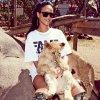Du 13 octobre :Rihanna en concert Diamonds World Tour à Johannesburg, en Afrique du Sud. Le 14 et le 15 octobre :Rihanna fait du safari à Johannesburg, en Afrique du Sud.