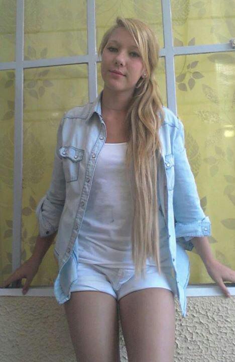 Lorine - 17ans - Célibataire