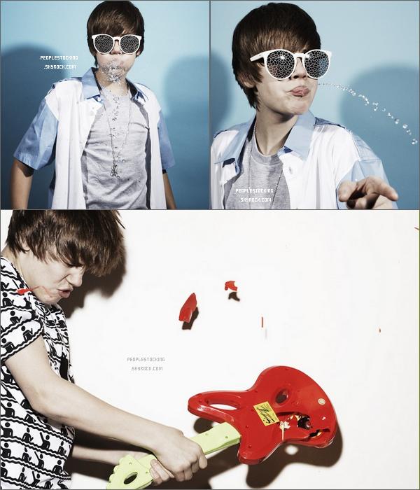 . Nouvelle photoshoot de Justin Bieber pour le magazine Interview J'adore il et magnifique dessus *-*  Les autres photoshoot .