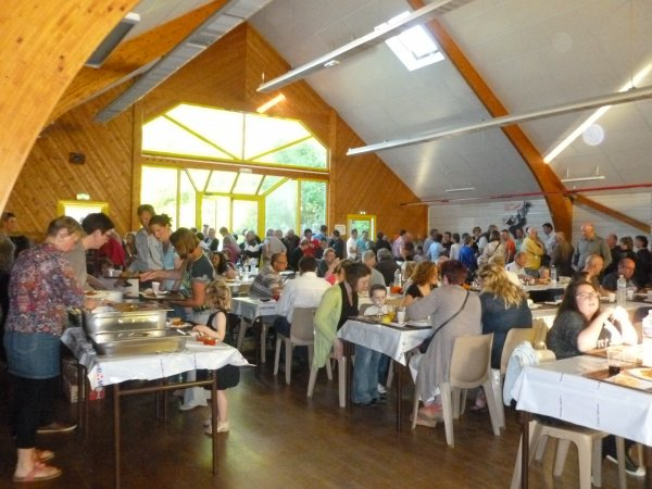 CORAY  : Repas de L'APEL N-D