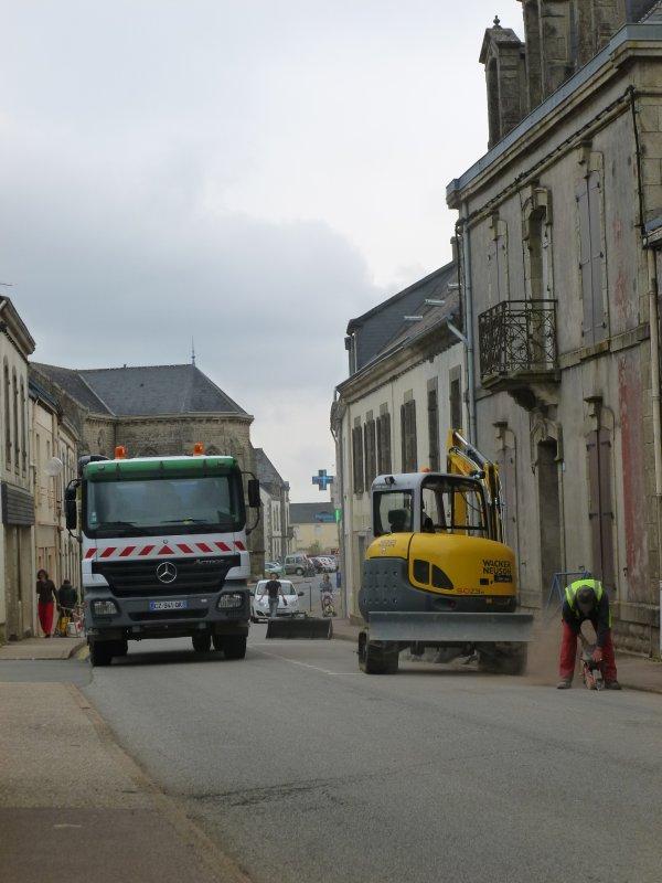 CORAY   : Travaux rue de Pen-Pavé.(1)