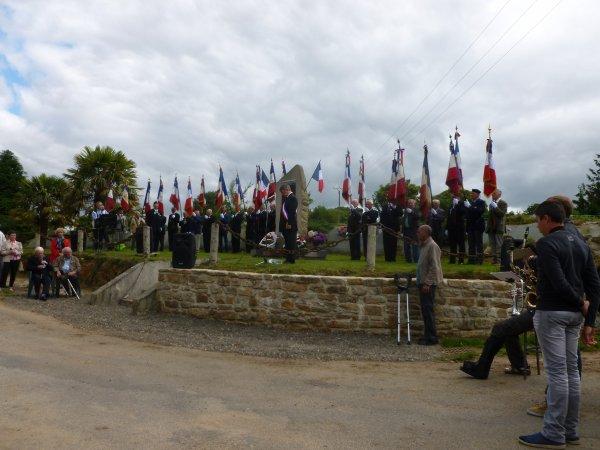 CORAY  : Cérémonie du 14 Juillet à Quillien.