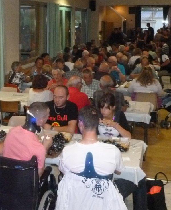 LEUHAN  : Succès du Moules-Frites des Gâs