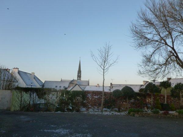 CORAY  : Petite couche de neige et verglas
