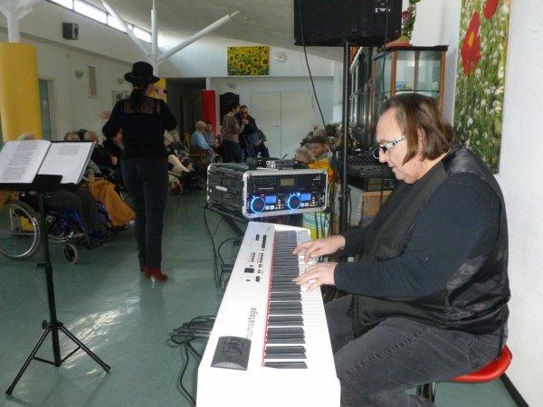 CORAY  : Un après-midi en chansons à la MAPA