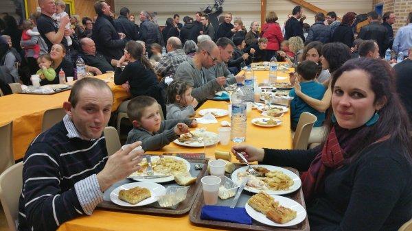 CORAY  : Repas de l'APE (2)