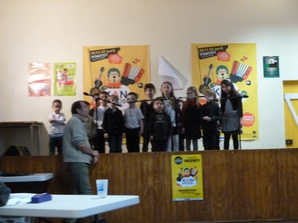 CORAY  : Les enfants ravis...(1)