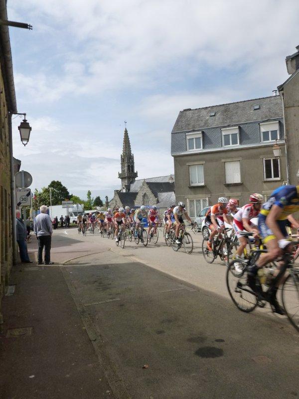 LEUHAN  : Fêtes Patronales (course cycliste) 1