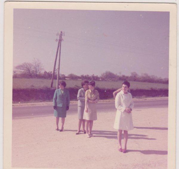 CORAY  : Souvenirs Souvenirs (sortie de Classe) 1-5-1967.