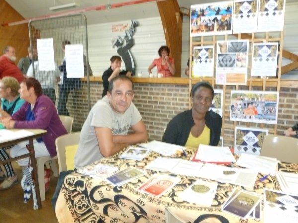 CORAY  : Le Forum (2)