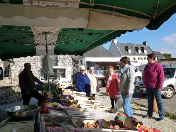 LEUHAN  : Le vendredi : jour du marché.
