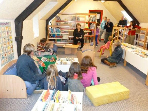 CORAY  : Porte ouverte à la bibliothèque.