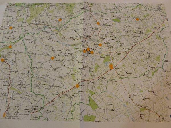 LEUHAN : Distribution des cabas.