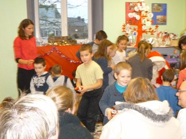 CORAY  : Visite à l'école Notre-Dame.