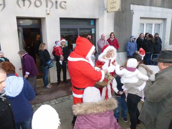 LEUHAN : Visite du Père-Noël (2)