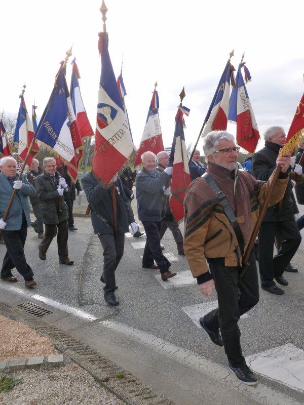 LEUHAN: Cérémonie du 19 mars à Pleyben (1)