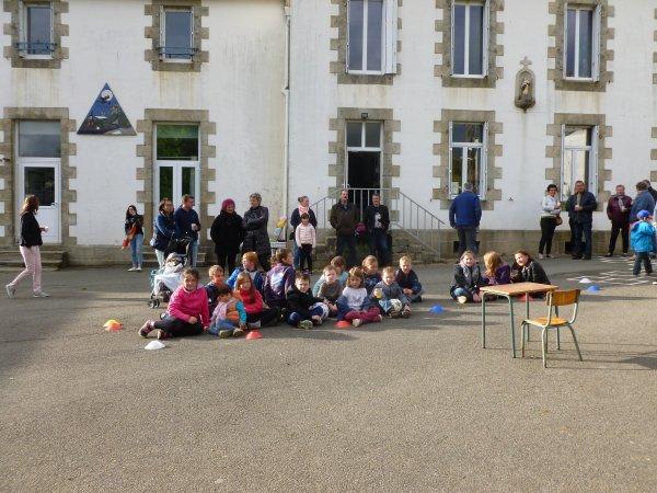 CORAY  : Kermesse de l'école Notre-Dame des Lumières.
