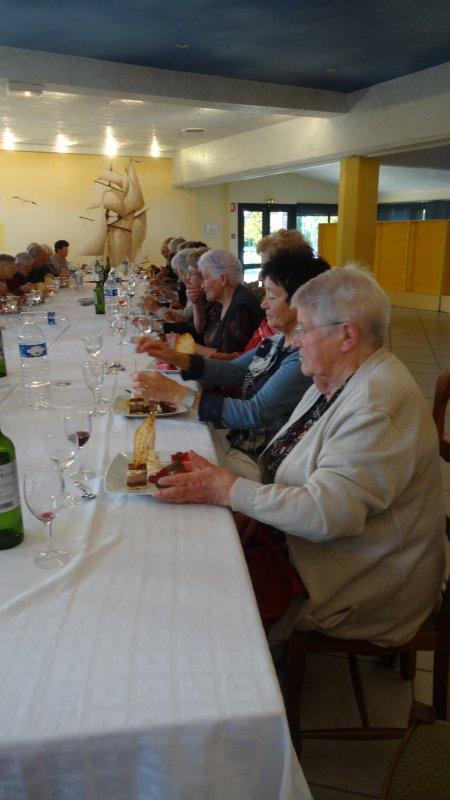 Leuhan  : Repas de Leuhan-Accueil. (2)