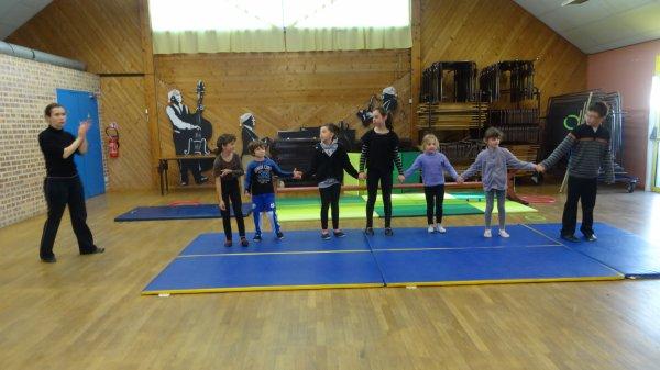 CORAY  : Stage de cirque.