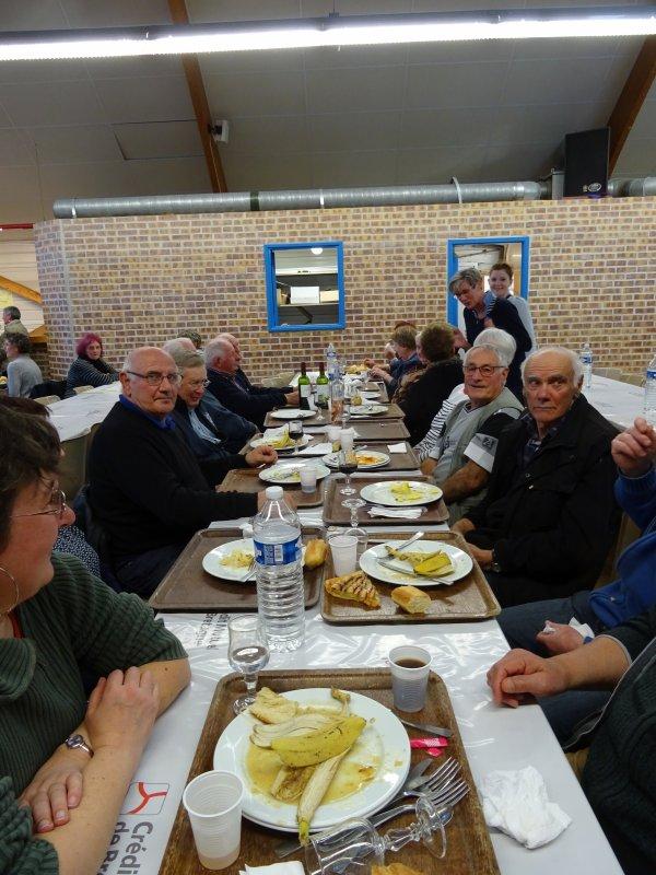CORAY : Repas de l'école N-D