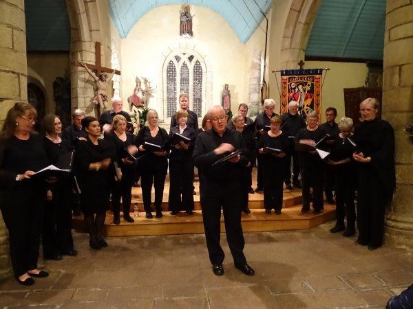LEUHAN : Concert à l'église (2)