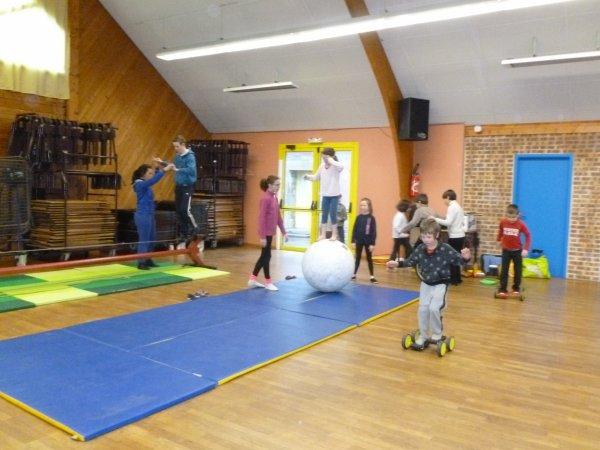 CORAY : Ecole de Cirque.