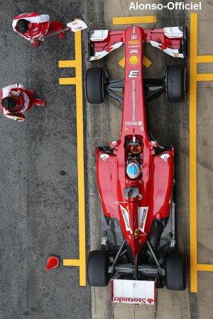 Fernando Alonso à Barcelone II pour les essais hivernaux    Il se classe 11e et 2e pour ses derniers tours avant le début de saison.
