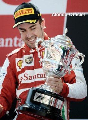 News - Grand Prix - Défi - Autre ________________________________-_Photo Coup de Coeur N°2 Fernando Alonso, roi d'Espagne