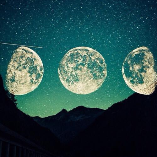Elle a surement rejoins le ciel, elle brille à coté de la Lune.