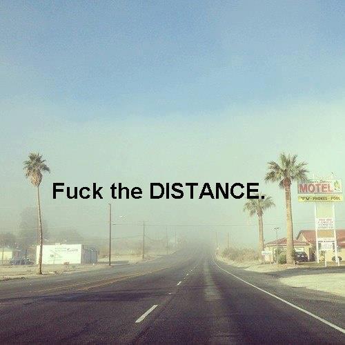La distance n'est qu'un simple mot mais sa signification peut en être énorme #