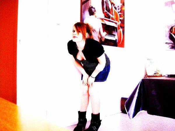 Cupidon j't℮ d℮mαnd℮ pαrdon Mαis . . T'℮s bidon ! Tu m'fαit tourn℮r ℮n rond ,тu d℮vrαis m'αpport℮r des solutions Au li℮u d℮ çα тu compliqu℮ tout℮s l℮s situαtions αv℮c ton αmour α lα con [...] ♥