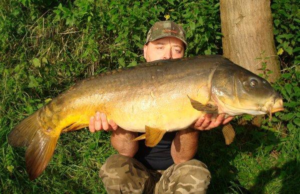 un autre poisson tout en longeur de juin 2008 !